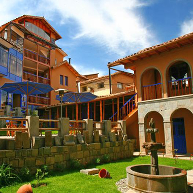 Custom peru and galapagos tour packages by specialists for Casa andina private collection cusco